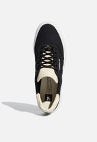 adidas Originals - 3MC - core black / ecru tint / ftwr white