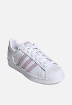 adidas Originals - Superstar w - ftwr white / soft vision / core black