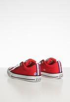 Converse - Chuck Taylor All Star street sneaker - red