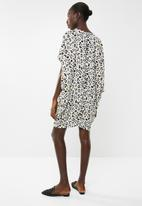 Revenge - Leopard print batwing tunic dress - multi