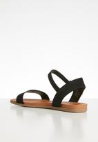 Call It Spring - Kassian buckle strap sandal - black