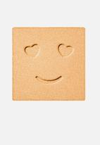 Benefit Cosmetics - Hello happy velvet powder foundation - shade 3