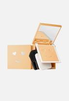 Benefit - Hello happy velvet powder foundation - shade 3