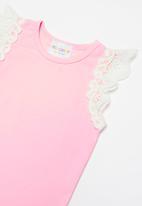 POP CANDY - Flutter sleeve vest - pink & white