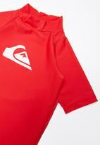 Quiksilver - Standard short sleeve rashvest - red