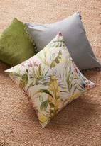 Grey Gardens - Sienna cushion cover - beige