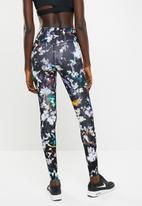 Nike - Nike one tight print - multi