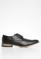 Superbalist - Ben formal shoe - black