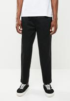 Levi's® - Pull on tapered pants - black