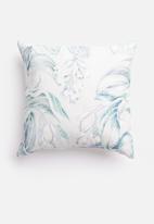 Grey Gardens - Delicious cushion cover - aqua