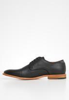 Call It Spring - Rogaguado formal shoes - black
