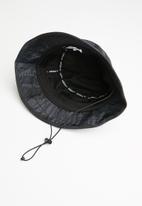 adidas Originals - St cam bucket - black
