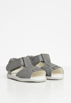 shooshoos - Diesel power sandals - grey