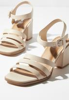 Cotton On - Faux leather triple strap block heels - neutral