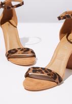 Cotton On - Faux leopard print suede heel - brown