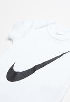 Nike - Nike swoosh short sleeve 3 pack bodysuits - multi
