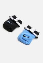 Nike - Swoosh sport ball booties - blue