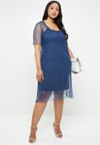 AMANDA LAIRD CHERRY - Plus size clara lace dress - blue