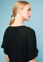 Superbalist - Drawcord shell blouse - black