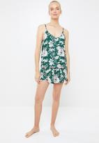 Superbalist - Printed sleep cami & shorts set - green