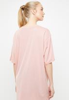 PUMA - Modern sports fashion tee - pink