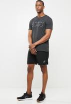 Asics - Asics shorts - black