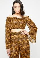 Missguided - Tortoise shell bardot crop top - yellow