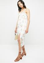 Missguided - Floral cami bust cup midi dress - multi