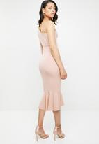 Missguided - One shoulder fishtail bodycon midi dress - pink