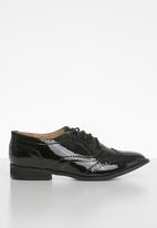 Superbalist - Hope brogue - black
