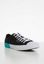 Converse - Chuck Taylor All Star - black/enamel red/white