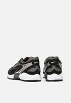 Nike - Air Ghost racer - black/black-dark grey-white