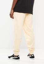 PUMA - Downtown sweat pants cuffed - neutral
