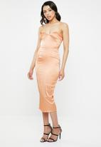 Missguided - Satin bust cup bandeau midi dress - rose gold