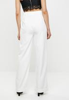Missguided - Turn up hem wide leg trouser - cream