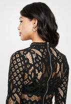 Missguided - High neck patterned lace crop top - black