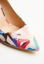 Miss Black - Hanoi abstract print stiletto heel - multi