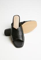 ALDO - Celararith leather sandal - black multi