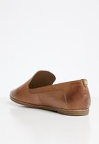 ALDO - Unyviel leather loafer - cognac