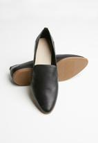 ALDO - Unyviel leather loafer - black