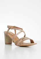 Butterfly Feet - Faux leather block heel sandal - neutral