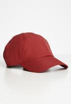 Nike - Nike cap metal swoosh - red