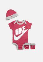 Nike - Futura logo box set - pink & grey