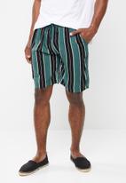 Brave Soul - Rock shorts - multi