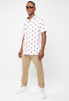 Brave Soul - Can printed short sleeve shirt - white