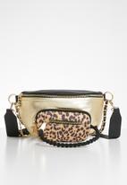 Steve Madden - Bsummit waist bag -  black & gold