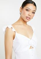 Missguided - Frill covered button crop top - white