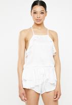 Missguided - Satin frill cami wrap short pyjama set - white