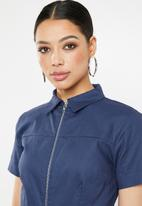 Missguided - Utility zip self belt culotte jumpsuit - navy