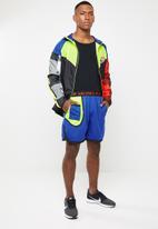Nike - Nike dry fit shorts - blue & green